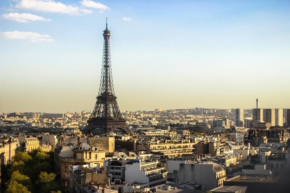eiffel tower - pozycjonowanie we Francji