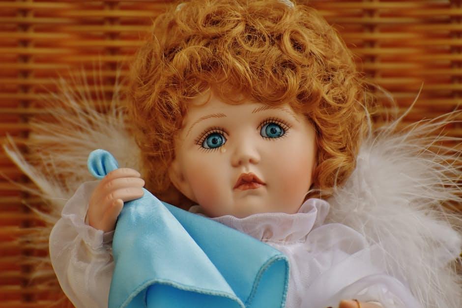 Płacząca lalka - negatywne opinie o firmie