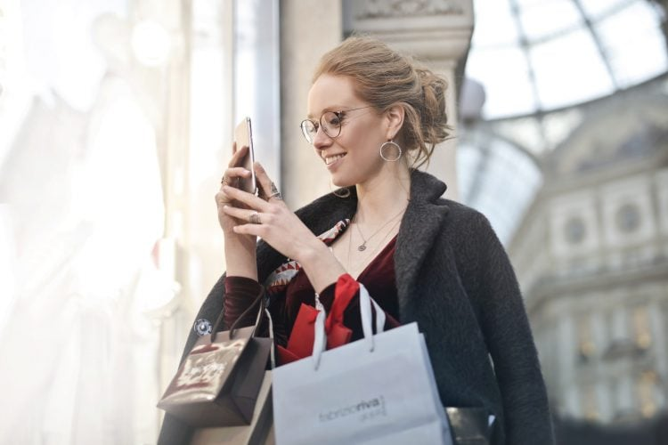 m-commerce sprzedaż mobile