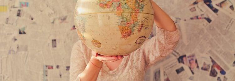 Wejście na rynek zagraniczny – domeny czy wersje językowe?