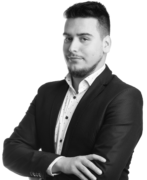 Marketing Consultant - Michał