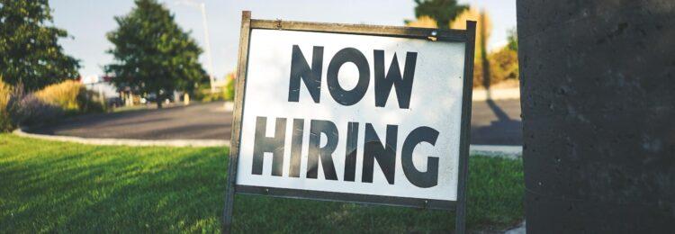 Jak wypozycjonować ofertę pracy w Google?