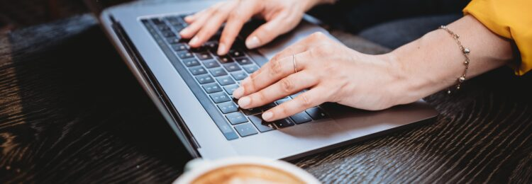 O czym musisz pamiętać, przenosząc swoją firmę do Internetu?