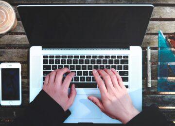 Jak napisać BIO autora? Wskazówki i przykłady